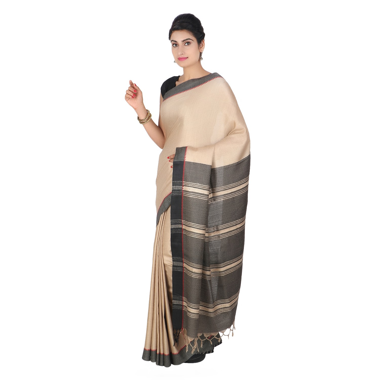 Handmade Cream Eri Tussar Silk Basket Weave Saree by Weavers of Bihar