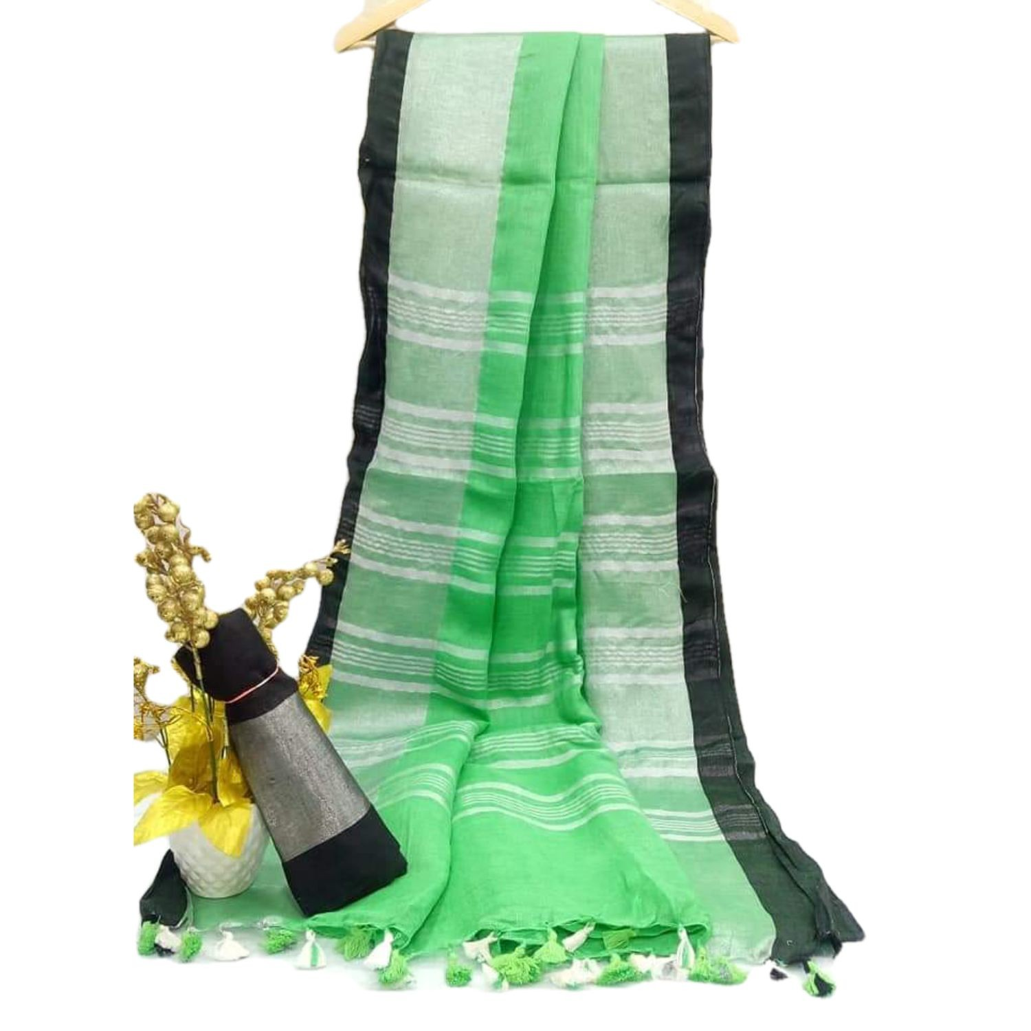 Exclusive Bhagalpuri Handloom Cotton linen saree with Green border with beautifully decorate soft tussels By Weaver'S Of Bhagalpur Bihar