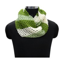 Green Hand Knit Woollen Neck Warmer