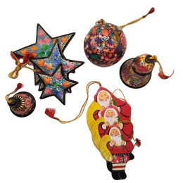 Handicraft Christmas Ornaments New Year Birthday Decorations Santa Set of 3(Green)