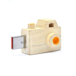 Handcrafted Camera Pendrive - 8GB by Rural Artisans